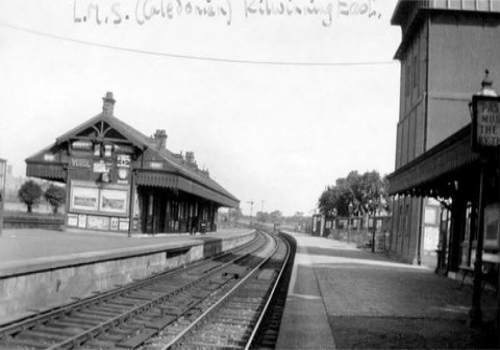 Platforms of Kilwinning East, the Caledonian station.