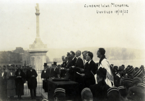 The Island's ministers at the War Memorial unveiling.